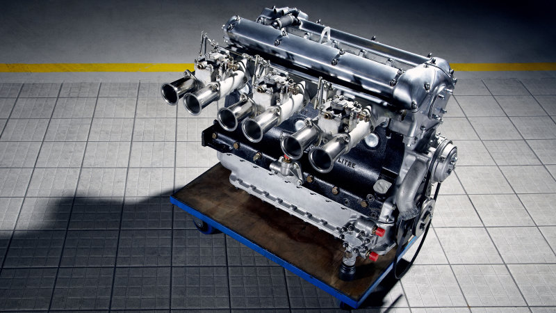 Jaguar-inline-six-via-AutoBlog
